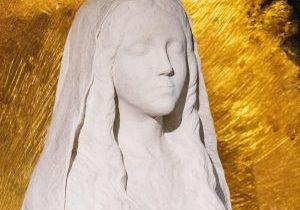 Prière pour la France du rosaire comme la Vierge Marie a demandé à l'île Bouchard